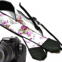 Flowers Camera strap.  Roses camera strap.  dSLR Camera Strap. Camera accessories. Canon camera strap. Nikon camera strap. Pink roses.