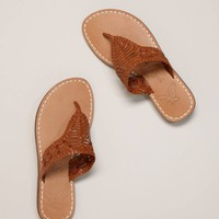 Hurache Style AE Flip Flops