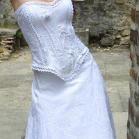 Romantic vintagestyle wedding gown Gina by KataKovacs on Etsy