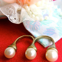 The Pearl Trio Ring | Trinkettes