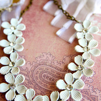 Crazy Daisies Necklace | Trinkettes