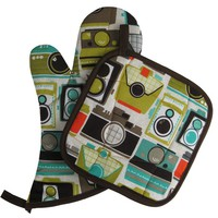 Handmade Oven Mitt and Pot Holder Set: Cameras