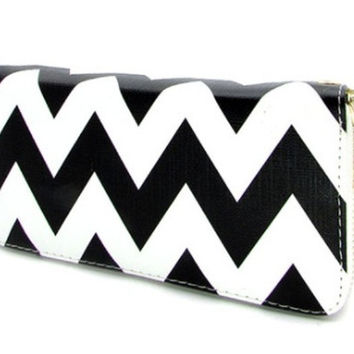 Wallet-Faux Leather Black Chevron Wallet