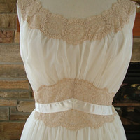 Vintage peignoir set ecru ivory nightgown by RetroVintageWeddings