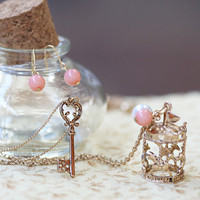 watching the carousel necklace - $14.99 : ShopRuche.com, Vintage Inspired Clothing, Affordable Clothes, Eco friendly Fashion