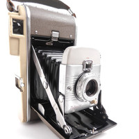 Vintage Polaroid Land Camera 80B  Vintage Mid by MaejeanVINTAGE