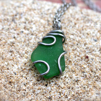 Sea Glass Jewelry from Hawaii, green seaglass wire wrap pendant, boho jewelry, beach glass necklace from north shore, Oahu, ocean inspired