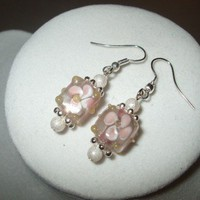 NEW Daisy Cubes - Summer Floral Lampwork Glass Earrings | DesignsByAmyB - Jewelry on ArtFire