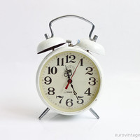 Vintage Manual Wind Up White Alarm Clock Twin Bells Mechanical