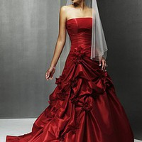 Buy discount A Charming Taffeta Strapless Wedding Dress at dressilyme.com