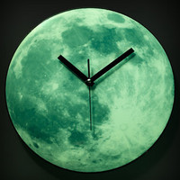 FredFlare.com - Glowing Moon Clock - Kikkerland Clair De Lune Moonlight Clock
