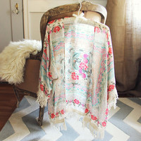 Rose Fringe Duster