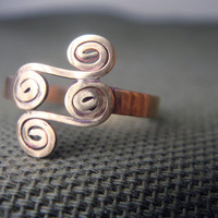 Four Swirl Brass Ring by anilani by Anilani on Etsy
