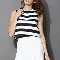 Open-back Contrast Stripped Crop Top