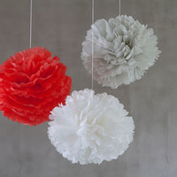 Three Paper Pom Poms Orange Blanc