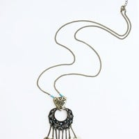 DRIPPING COIN PENDANT NECKLACE - AQUA