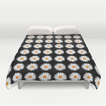 Daisy Pattern Duvet Cover by Kate