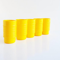 Vintage Sunny Yellow Rubbermaid Tumblers - Set of 5
