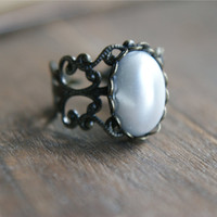 Pearl Amulet Ring - &amp;#36;12.00 : Pangea Handmade, Vintage-Inspired Jewelry and Accessories