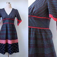 Vintage Summer Dress - Folk / Peasant - Black & Red Floral Print Cotton Vintage Dress With Polka Dot Trim