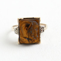 Vintage 10k Rosy Yellow Gold Double Cameo Warrior Ring - Art Deco 1930s Size 6 3/4 Tiger's Eye Roman Soldier & Lady Brown Stone Fine Jewelry
