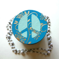 Peace jewelry box for trendy girls room