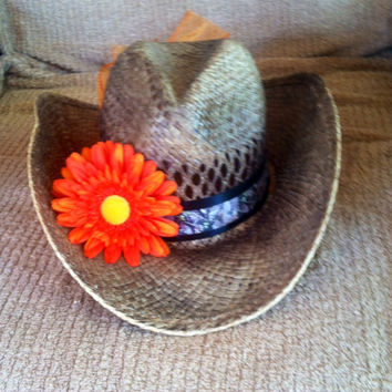 Mossy Oak Babe Themed Cowgirl Hat