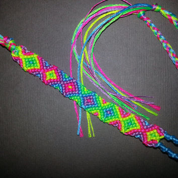 Neon Fading Diamonds Friendship Bracelet