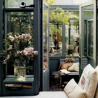 Conservatory apartment - so pretty for lounging