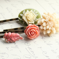 Floral Hair Accessories Flower Bobby Pins Ivory by apocketofposies