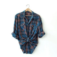 Vintage Plaid Wrangler Flannel / Grunge Shirt / Boyfriend button up shirt