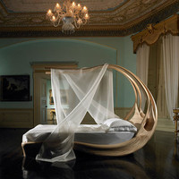 Elegant Canopy Bed by Joseph Walsh – amazing Enignum | Seasonal home decoration blog