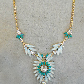 Green Thistle & Sparkle Necklace [5908] - $21.00 : Vintage Inspired Clothing & Affordable Dresses, deloom | Modern. Vintage. Crafted.