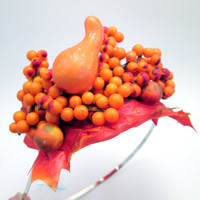 Thanksgiving Garden Gourd & Pip Berries  - Autumn Hay Ride headpiece - Orange Pumpkin Patch Woodland wedding tiara bride - Photo Prop