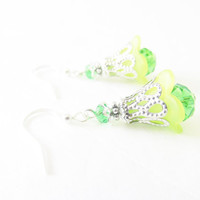 Green Flower Earrings - Crystal Flower Earrings - Crystal Jewelry - Crystal Cap Earrings - Green Jewelry - Nature Jewelry - Silver Earrings
