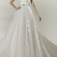 Buy discount Chic Tulle Ball Gown Strapless Wedding Dress With Lace Appliques,Beadings and Rhinestones at dressilyme.com
