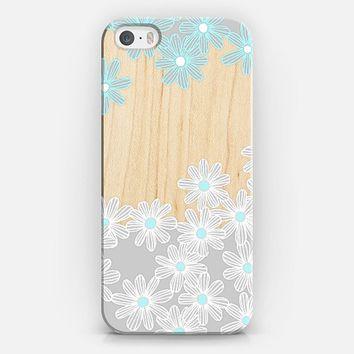 Daisy Dance on Wood iPhone 5s case by Micklyn Le Feuvre | Casetify