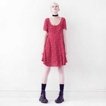 SHORTSLEEVED RED FLORAL DRESS