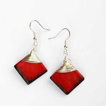 Black and red earrings. Red dangle earrings. Wire wrap earrings. Red and black earrings. Red silver earrings. Sunburst earrings.