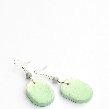 Ombre mint earrings. Mint green dangle earring. Oval pendant earrings. Elegant minimalist earrings. Handmade earrings. Silver earwires.