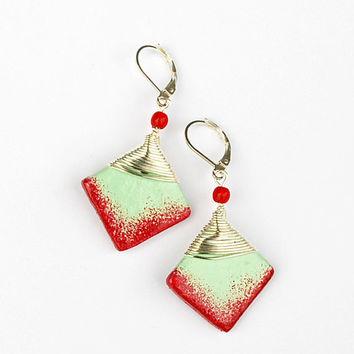 Raspberry and mint earrings. Ombre raspberry red earrings. Red and mint green. Square wire wrap earrings. Mint dangle earrings.
