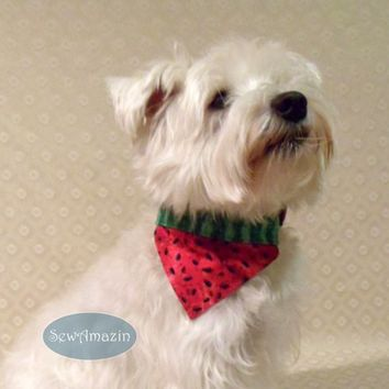 Watermelon Over-the-Collar No Dip Dog Bandana Reversible, Medium
