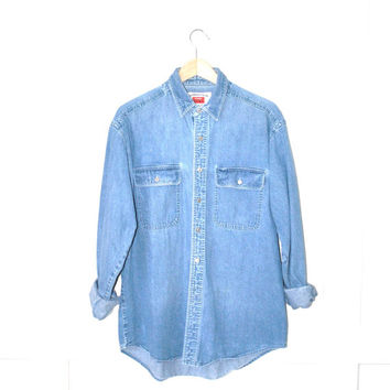 pale denim chambray shirt / vintage WRANGLER unisex southwestern grunge button up