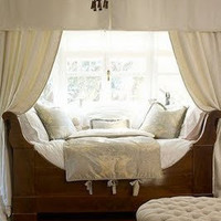 daybed curtain CHH | Flickr - Photo Sharing!