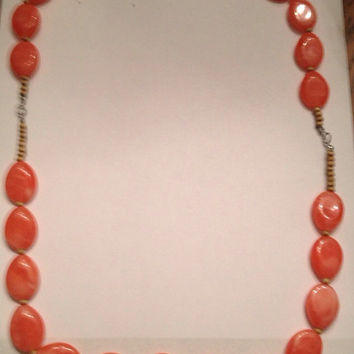 Vintage Coral Lucite Marble Swirl Bead Necklace Costume Jewelry