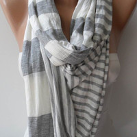 Light Grey and Beige Scarf by SwedishShop on Etsy