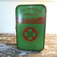Vintage Boy Scouts First Aid Kit Vintage by VintageShoppingSpree