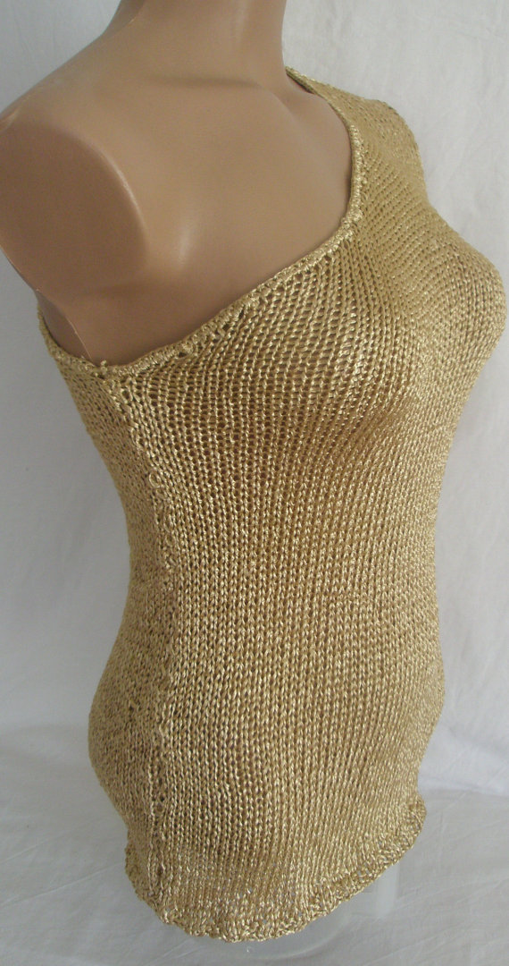Hand knitted single shoulder gold blouse for summer and by Arzus