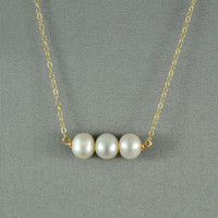 Beautiful Freshwater Pearl Necklace Wired by WonderfulJewelry
