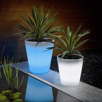 Fancy - Solar-Powered, Glowing Flower Pot